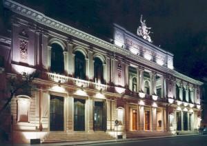 Teatro del Libertador frente